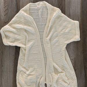 Cardigan white medium short sleeve